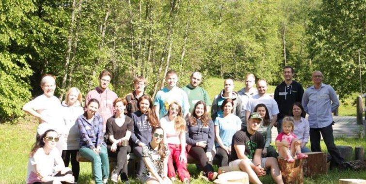 Волонтеры КПМГ готовят «Лесную сказку» к приезду детей!